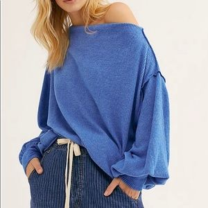 [ FREE PEOPLE ] Blue Main Squeeze Hacci Top